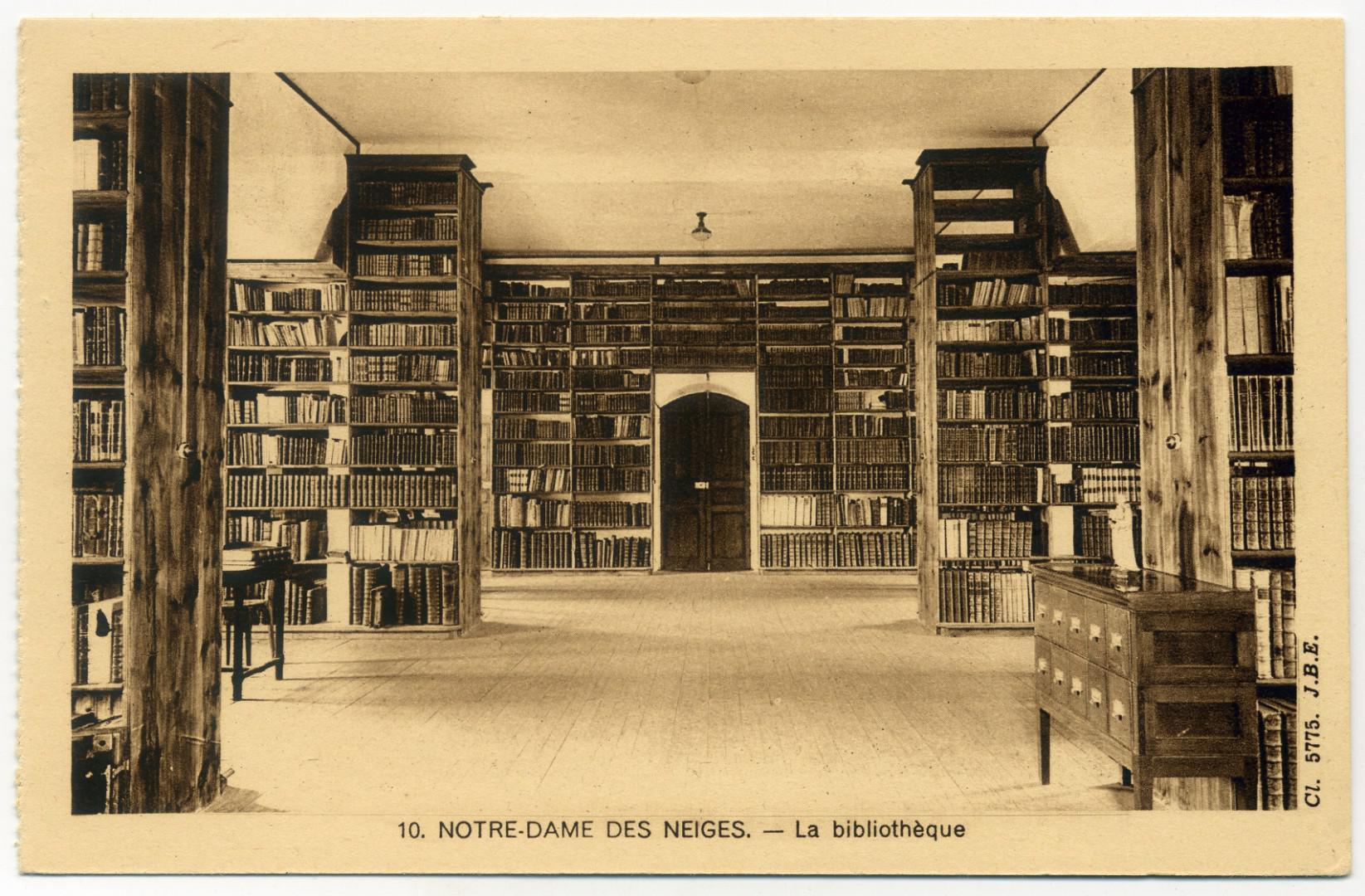 Saint-Laurent-les-Bains: Notre-Dame-des-Neiges, Bibliothek