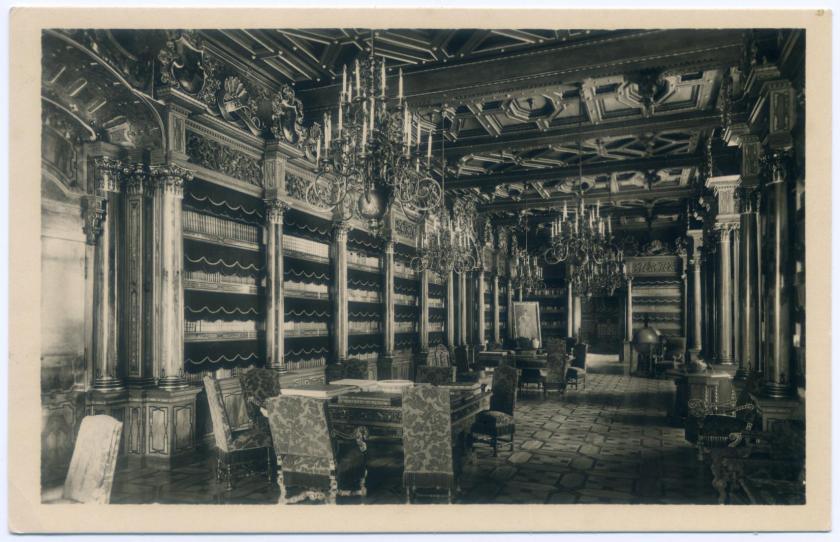 Frauenberg Schloss Hluboká nad Vltavou Bibliothek