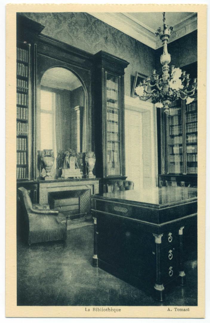Alata: Chateau de la Punta - Bibliothek